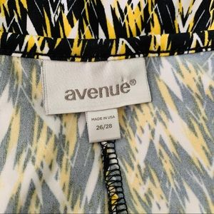 Avenue Tops - Avenue Sleeveless Jeweled Top Size 26/28